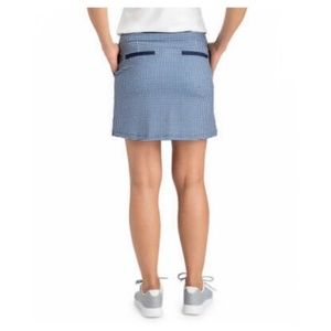 NWT Vineyard Vines Performance Skort L $108 Bay